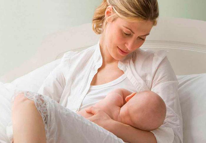 Понос у кормящей матери