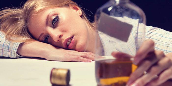 алкогольная интоксикация что принять