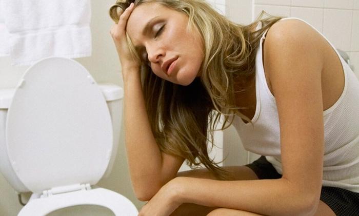 Болит голова и понос